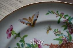 Antique Chinese famille rose mandarin Canton plate with auspicious bats, Jiaqing