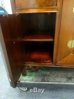 Baker Furniture Sideboard / Buffet Chinese Far East Asian Burl Ash / Walnut B/O