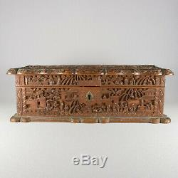 CHINESE CANTON CARVED SANDALWOOD BOX & HINGED LID 19th CENTURY