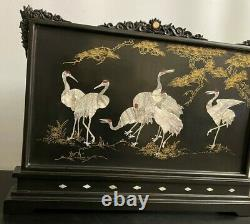 Chinese Oriental Vintage Black Lacquer Fire Screen with Mother Of Pearl Inlaid
