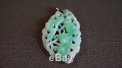 Very Fine Chinese Ming Dynasty Apple Green Jade Pendant High Quality Detail