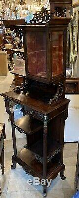 Antique Chinois Noyer Pierced Sculpté Pagode Top Curio Cabinet Multi Niveau Stand