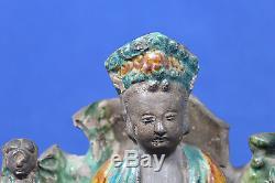 Antique Dynastie Ming Fin Sancai Chinois Figurine En Céramique Émaillée Guanyin 17ème