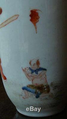 Chine Rose Avec Mythologique Famille Figure Zhong Kui 8 Vase Porcelaine