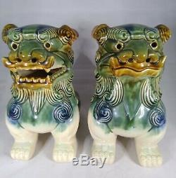 Deux (2) Vintage Asiatique Chinois En Céramique Émaillée Statues Foo Dog Dragon