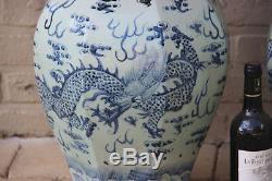 Paire D'énormes Vases En Céladon Dragon Bleu Blanc 25,5 Porcelaine Chinoise En Céramique
