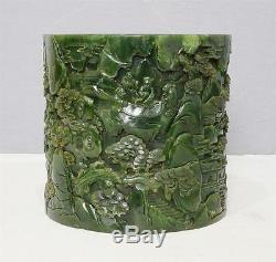 Porte-pinceau Jade M2260 Avec Épinards Chinois Sculptés À La Main