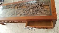 Sculpté Asiatique En Bois Table Basse Avec Tiroirs Chinois Sculpté Vintage Bois
