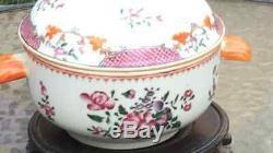 Soupière En Porcelaine Chinoise Du Xviiie Siècle