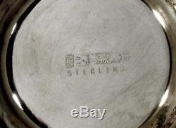 Tasse À Thé Et Soucoupe En Porcelaine D'exportation Chinoise Signée Hand Decorated