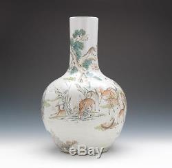 Un Rare Monumental Chinois Dynastie Qing 100 Deer Famille Rose Vase En Porcelaine