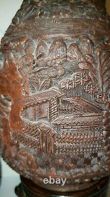 Vases Chinois Cinnabar Du Xviiie Siècle Avec Marque Qianlong Et Période (1736-1795)