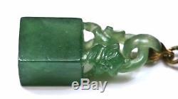 Vieux Chinois Jade Jadéite Sculpté Sculpture Plaque Broche Broche Fu Chien Lion Seal Chop