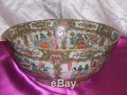 Vintage Circa 1800 Médaillon Rose Chinese Grand Punch Bowl 6 Panneaux